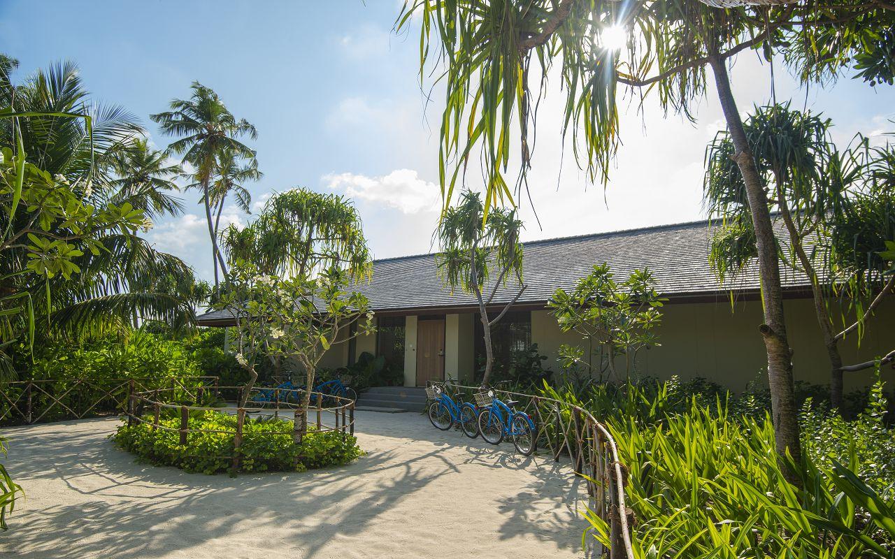 Two-Bedroom Beach Pool Villa (6)