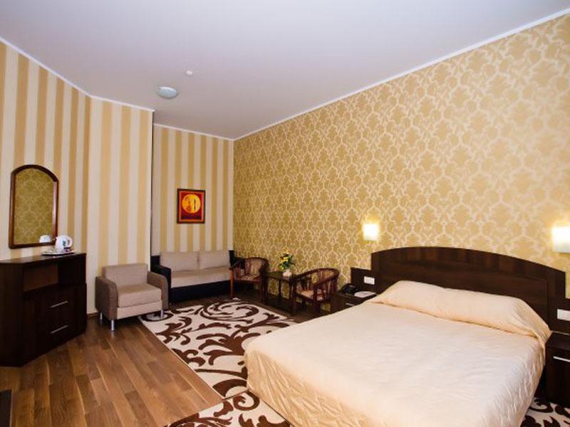 номер-полулюкс-гостиницы-харькова-цены