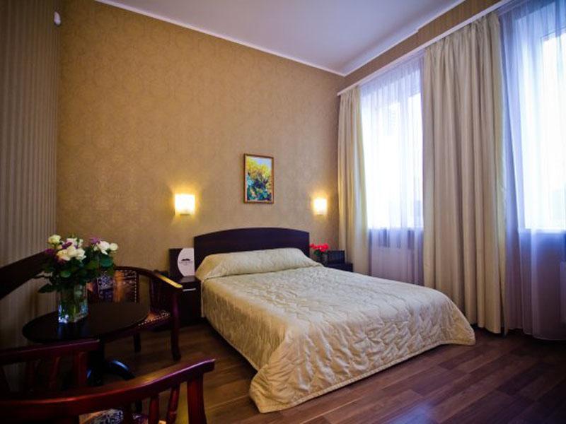 номер-стандарт-гостиницы-харькова-цены