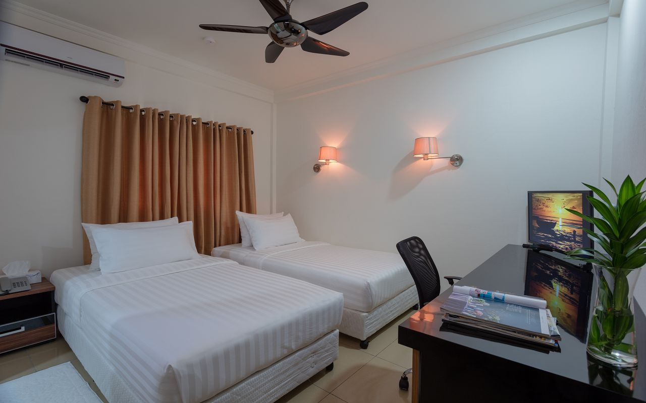 8Mo Guest House (1)