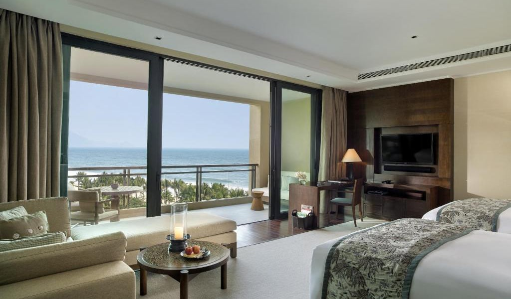 Deluxe-King-or-Twin-Room-with-Sea-View-4-min