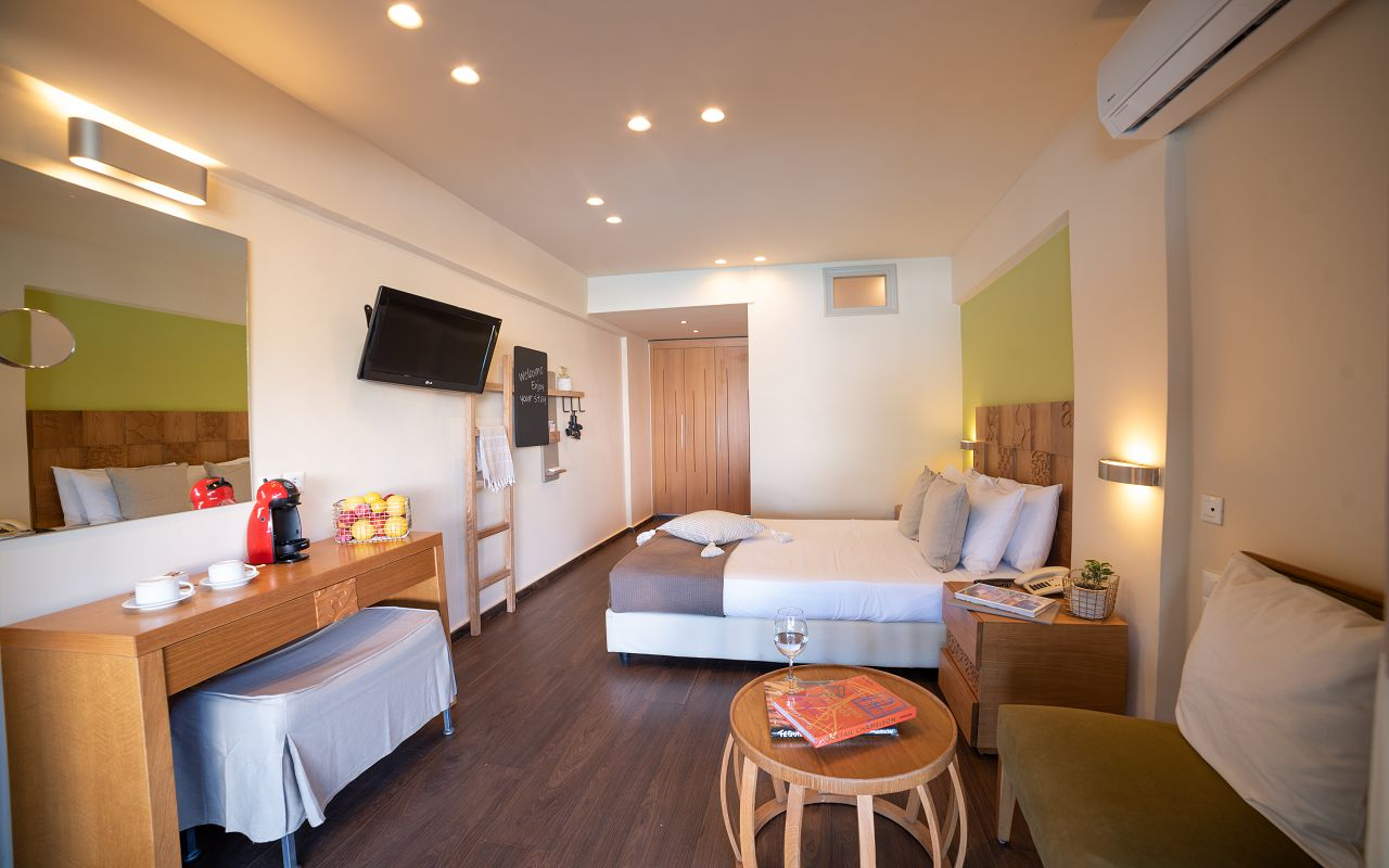 Double Room GV Sharing Pool 3