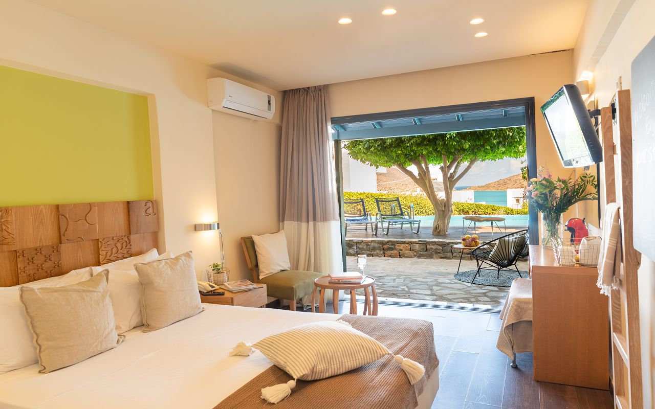 Double Room GV with Sharing Pool