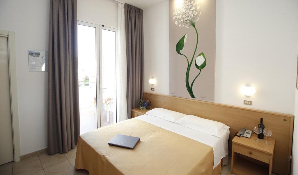 Double-Room-with-Balcony-4-min