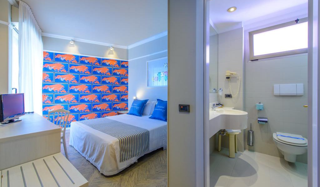 Double-or-Twin-Room-min