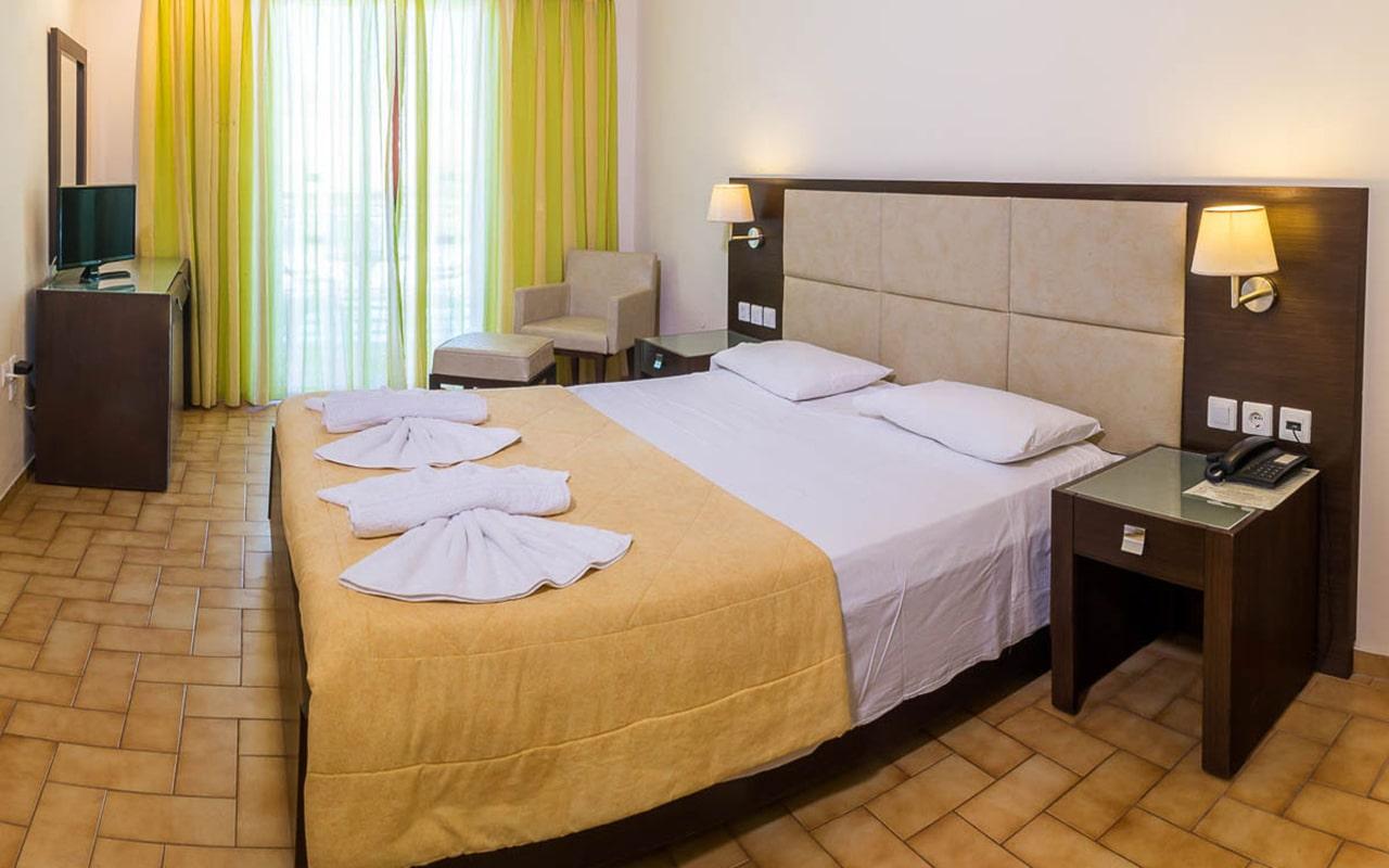 Eleana-Hotel7-min