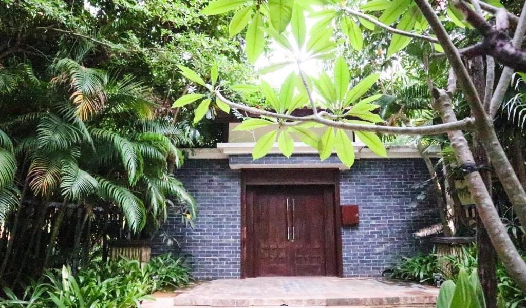 Five-bedroom-Courtyard3-min
