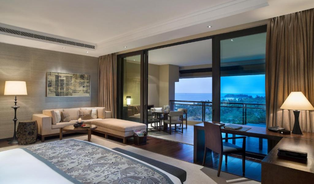 Grand-Deluxe-King-or-Twin-Room-with-Sea-View-3-min