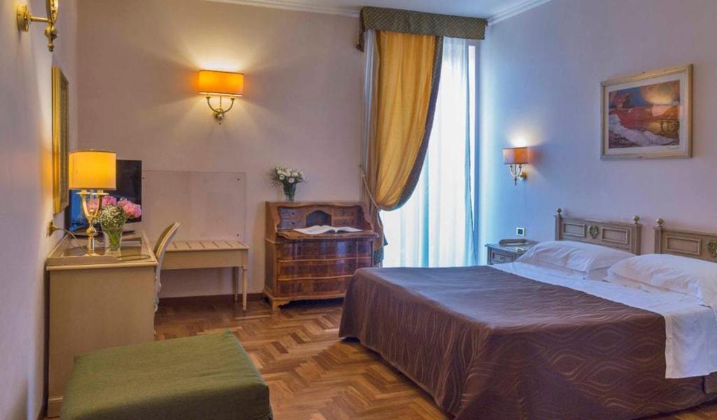 Grand Hotel Villa Politi (15)