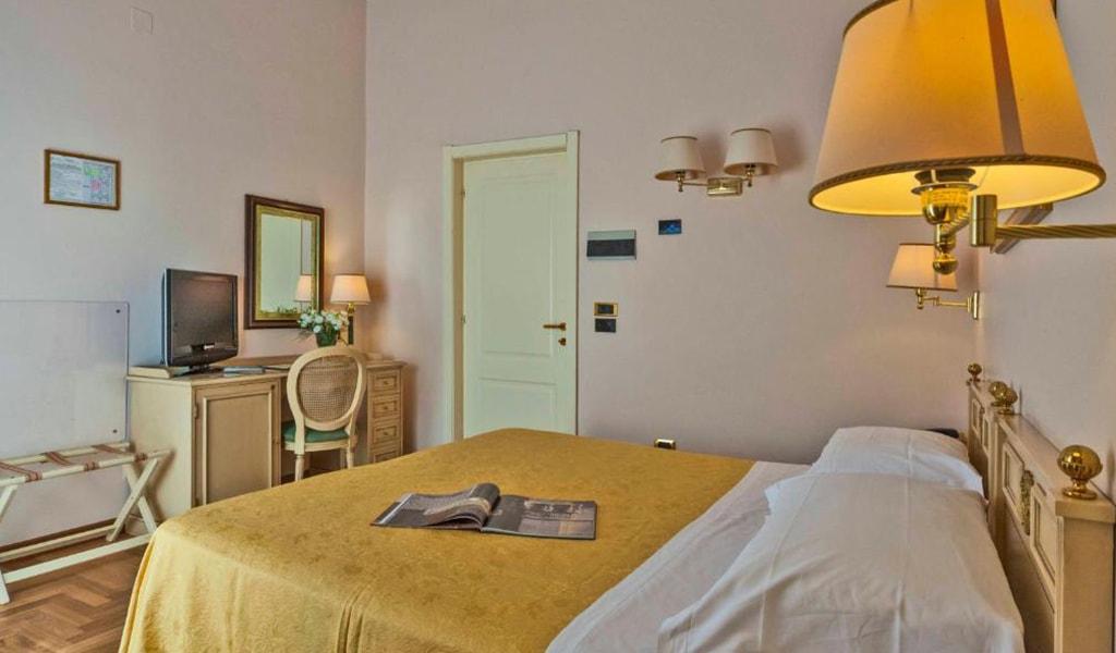 Grand Hotel Villa Politi (24)