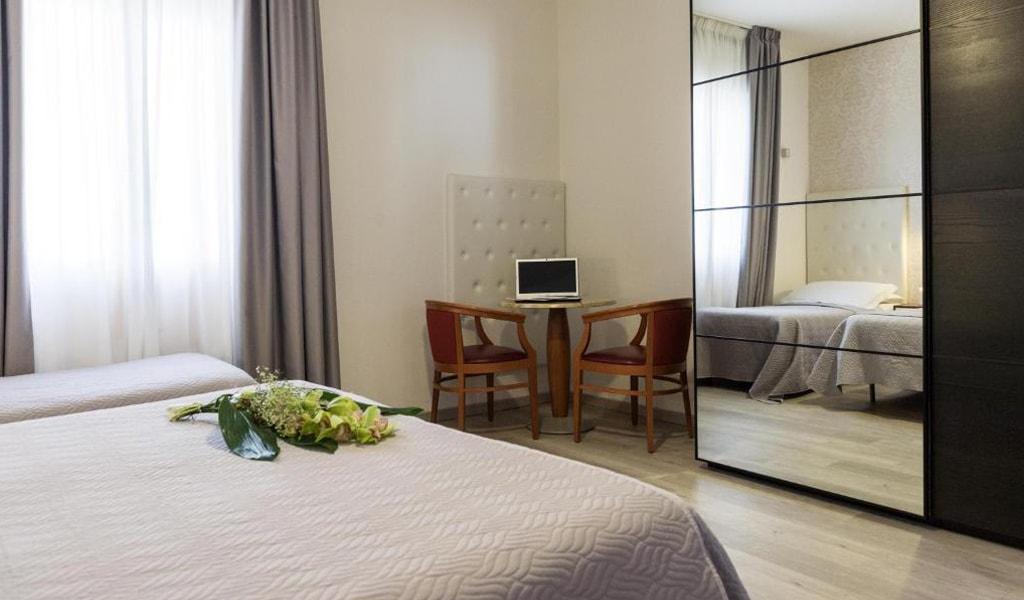 Hotel La Perla (31)