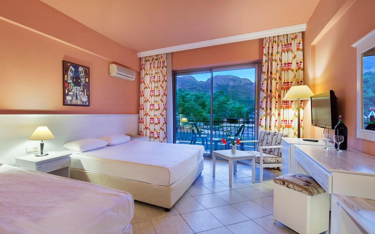 Larissa Vista Hotel (1)
