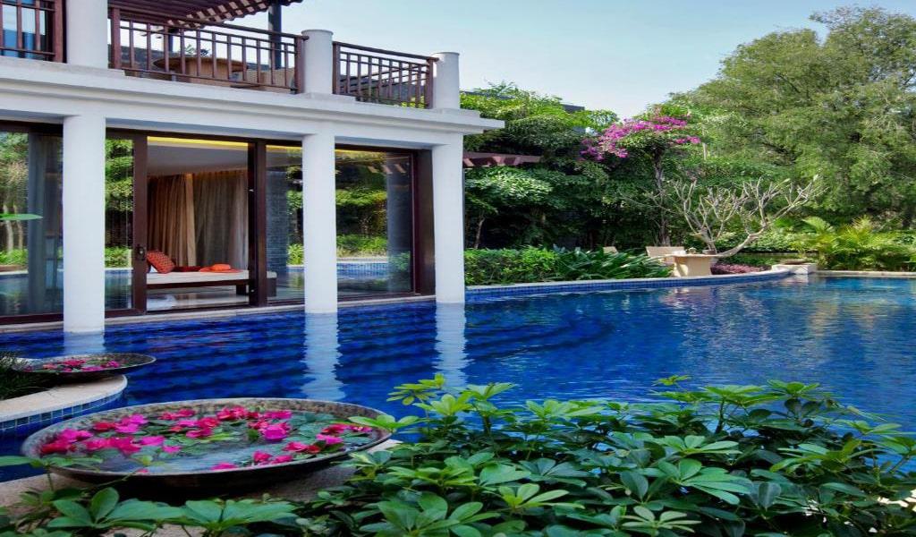 Luhuitou-Two-Bedroom-Pool-Villa-min
