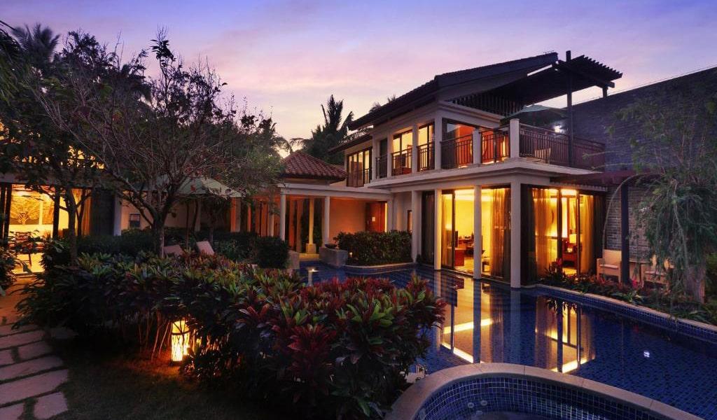 Luhuitou-Two-Bedroom-Pool-Villa3-min