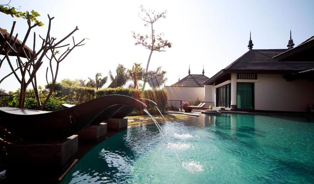 Pool-Villa-with-Garden-View-4-min