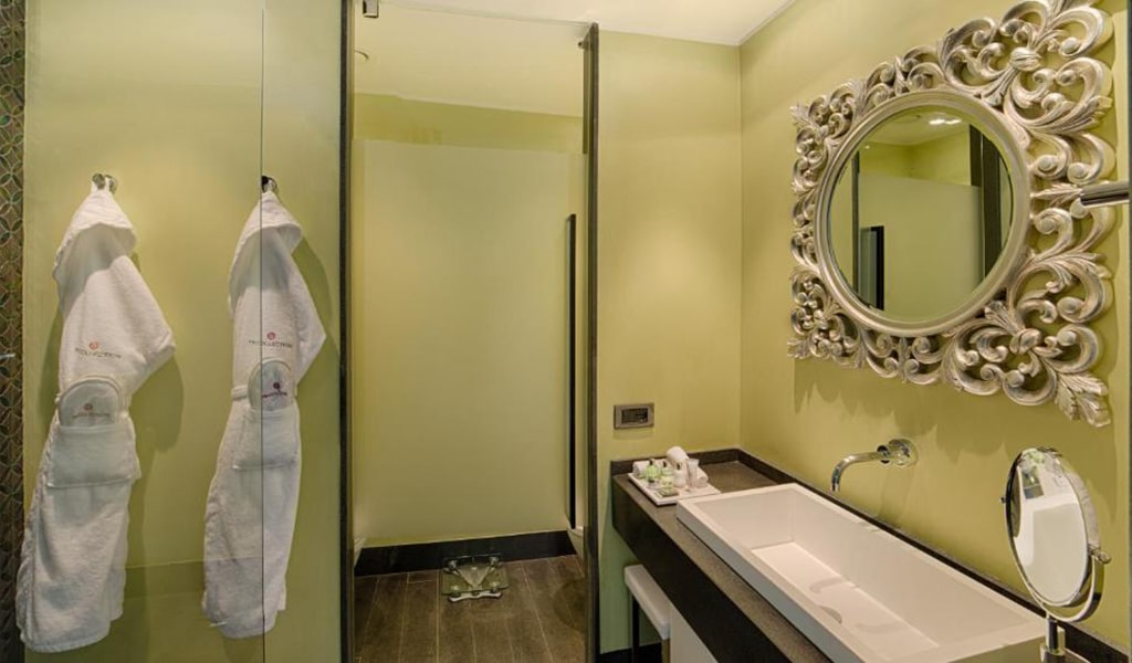 Premium-Double-or-Twin-Room-with-View-with-Extra-Bed3-min