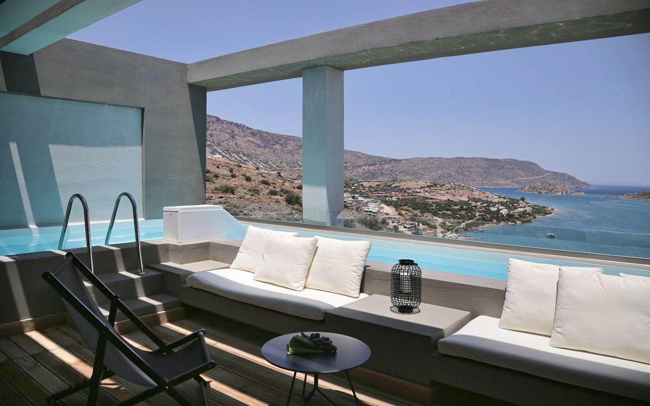 Premium Suite SV Private Pool (12)