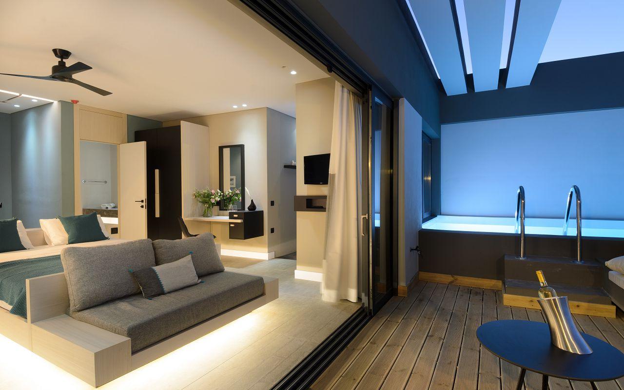 Premium Suite SV Private Pool (22)