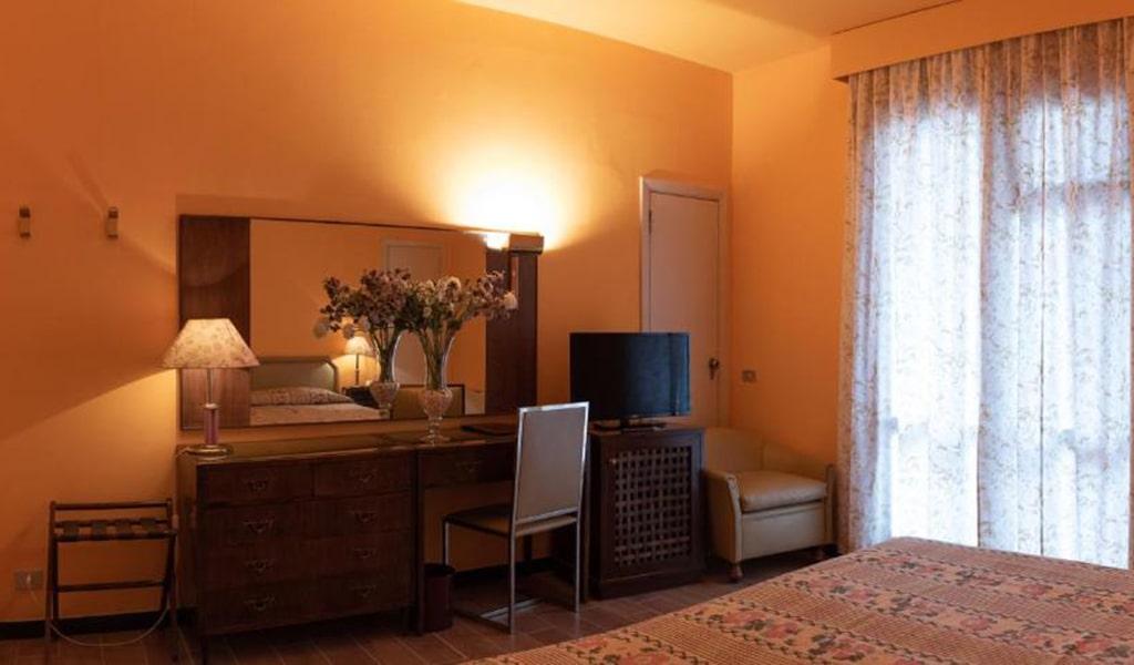 Prestige-Double-Room-with-Spa-Access-5-min