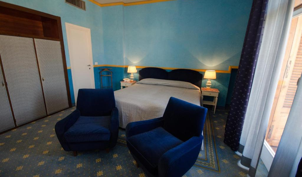 Prestige-Double-Room-with-balcony-3-min
