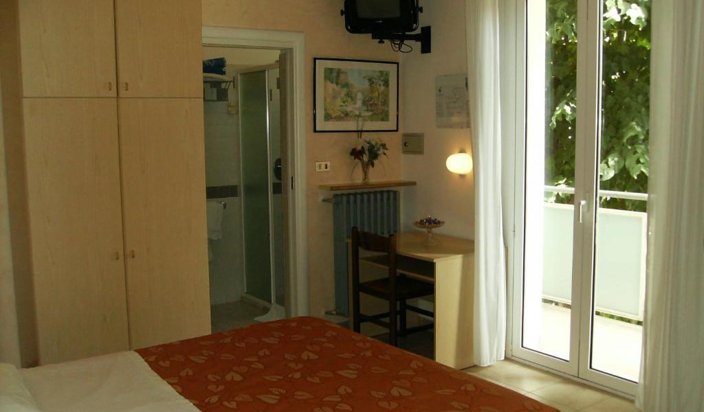 Two-Connecting-Double-Rooms---Annex-3-min