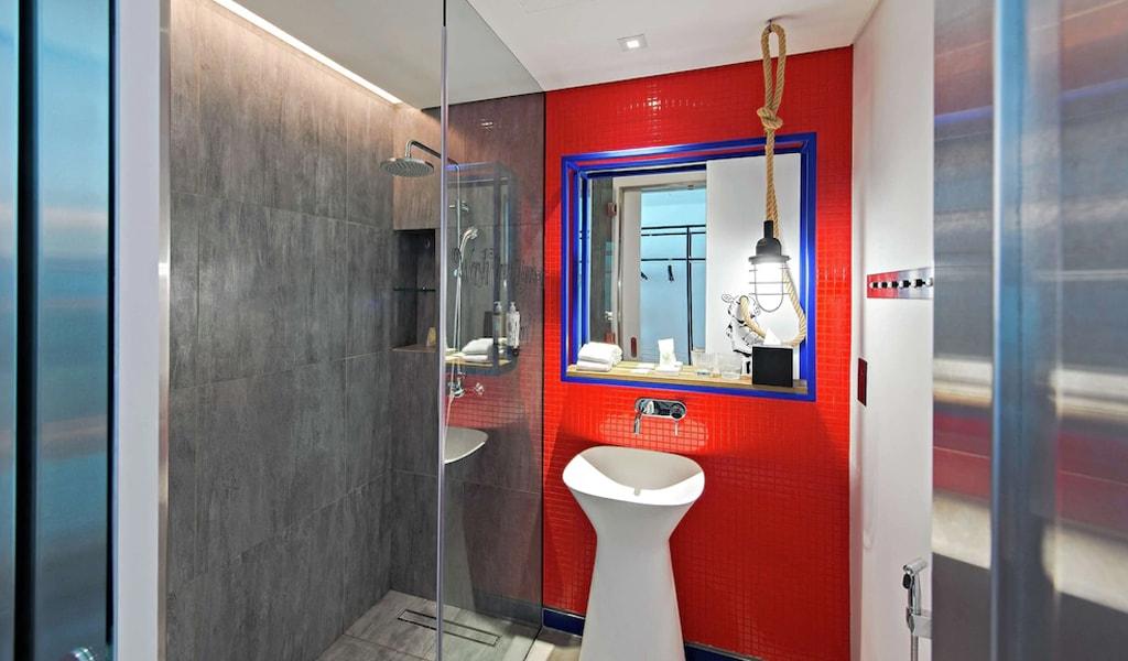 Hampton by Hilton Dubai Al Seef (2)