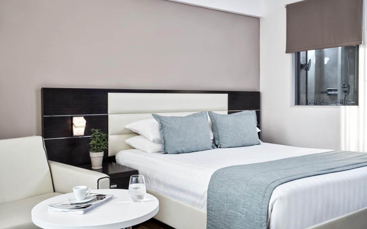 deluxe-family-room1-min