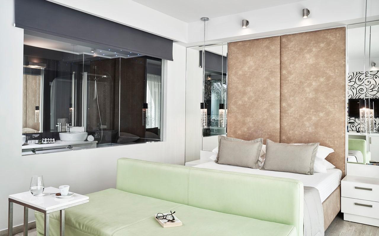 premium-deluxe-room3-min