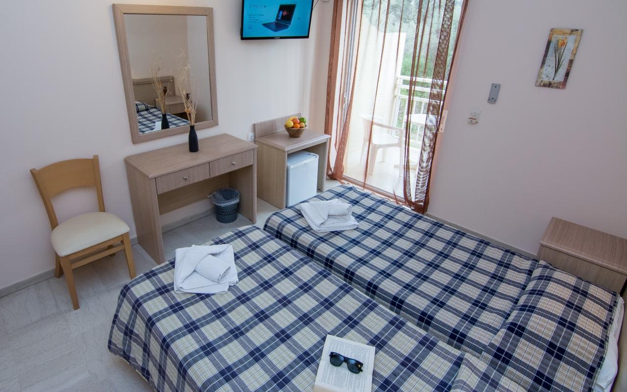 room_18-min
