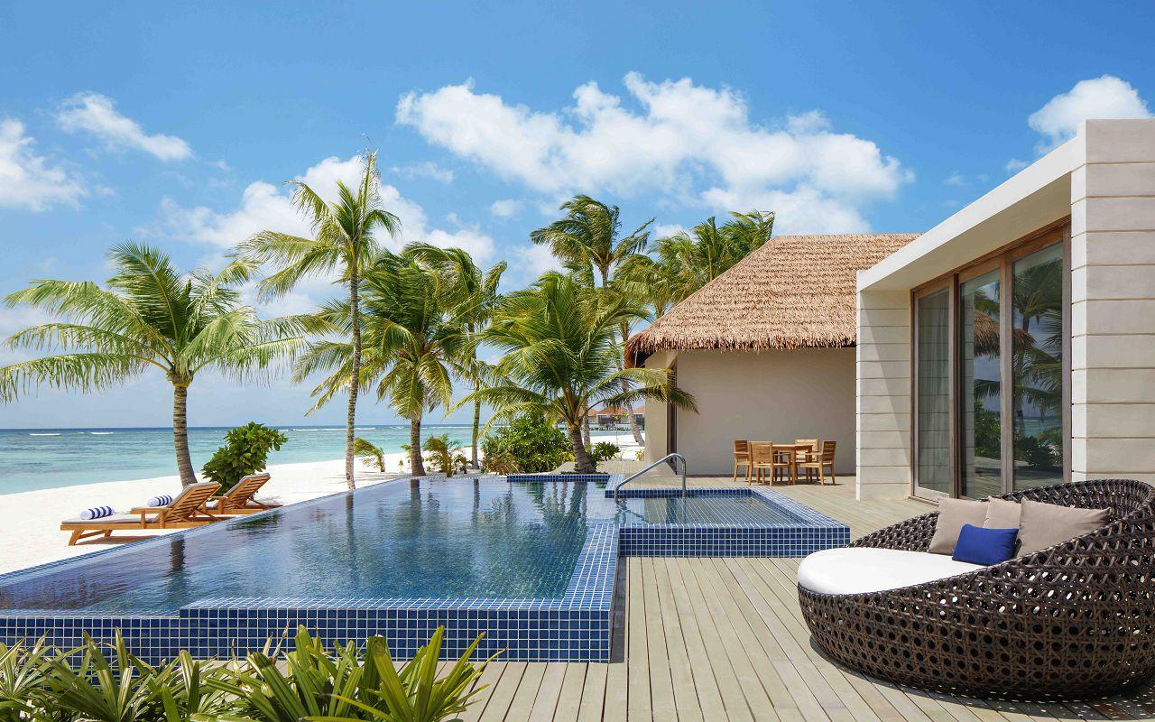 2 Bedroom Beach Suite Villa - Outdoor Deck _ Pool