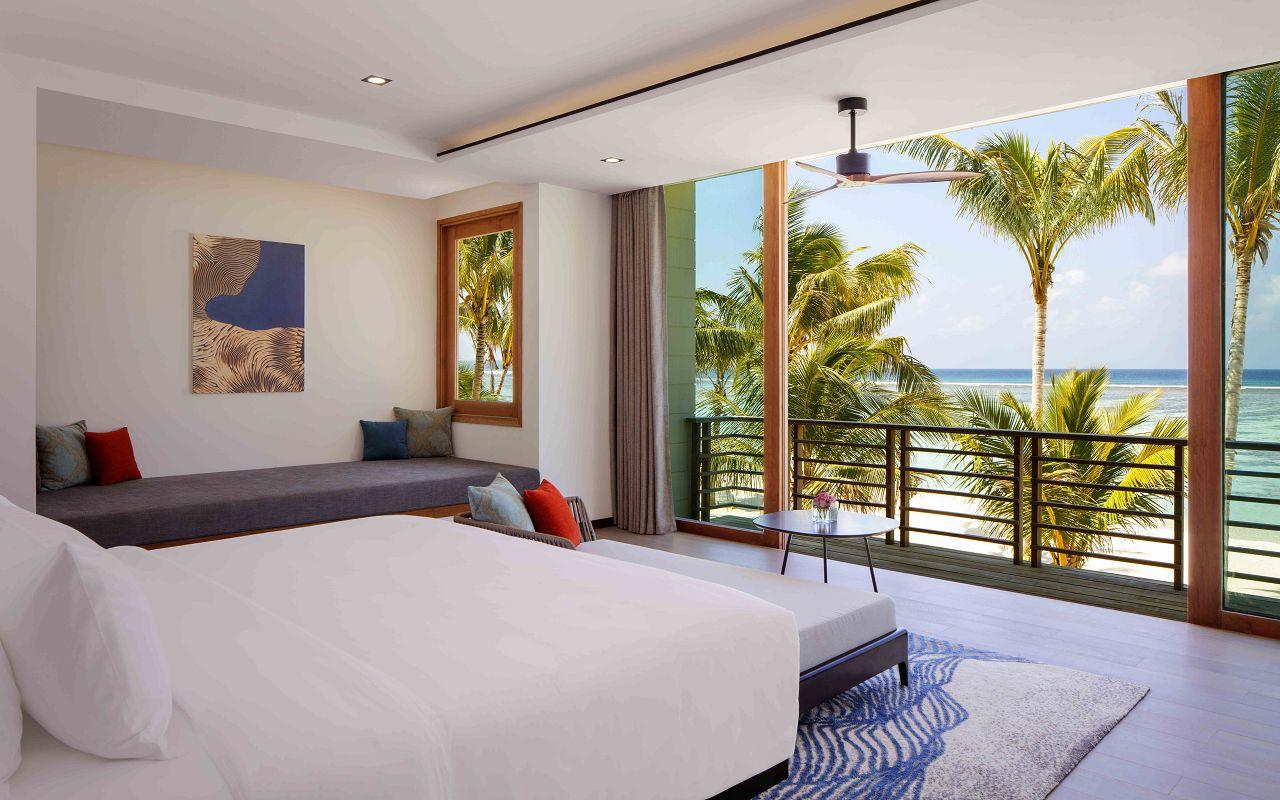 2 Bedroom Family Beach Villa - Master Bedroom, 2nd Level