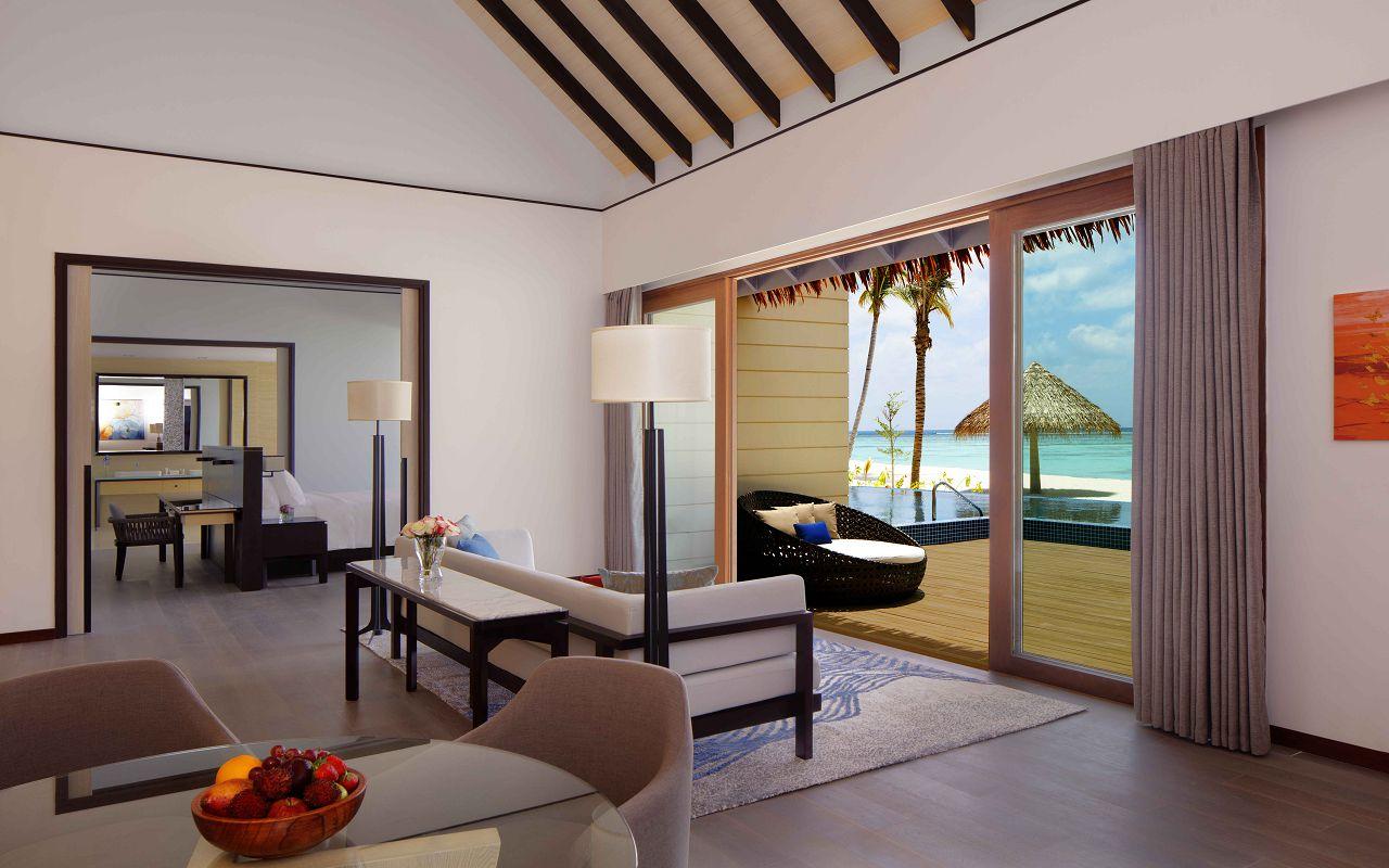 3 Bedroom Beach Suite Villa - Living Room