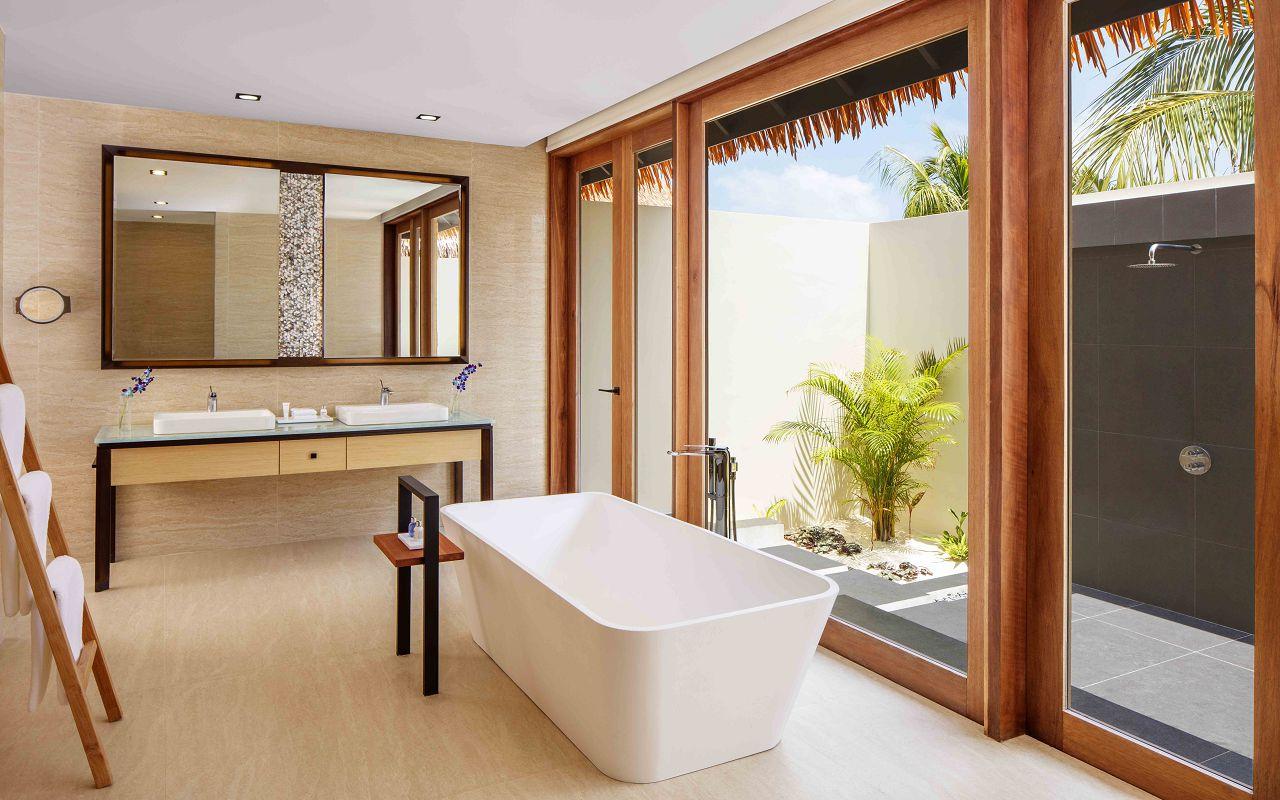 3 Bedroom Family Beach Villa - Bathroom, Ground Level