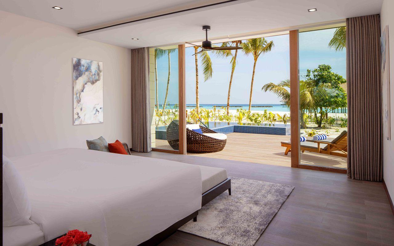 3 Bedroom Family Beach Villa - Master Bedroom, Ground Level