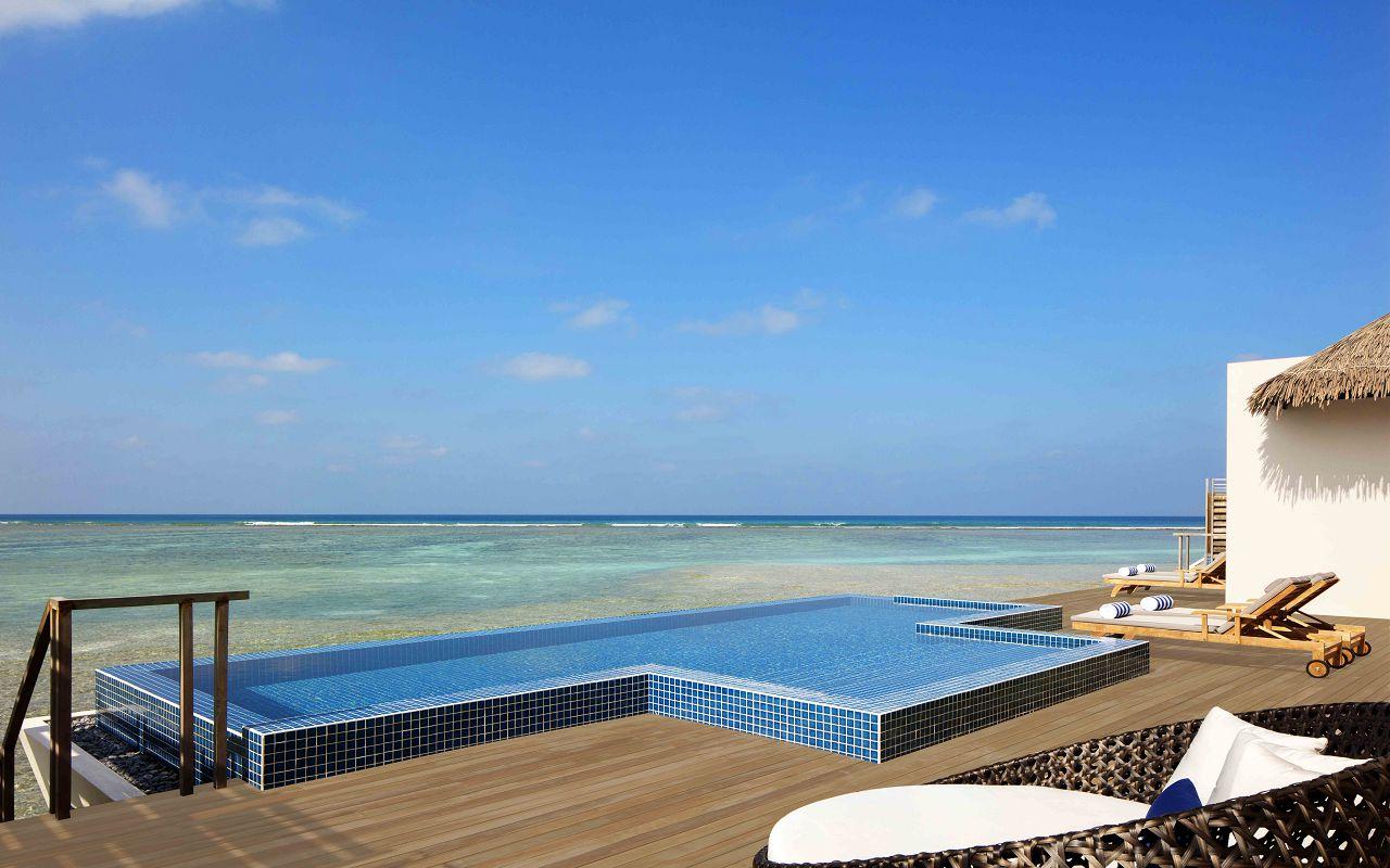 3 Bedroom Overwater Villa - Outdoor Deck _ Pool