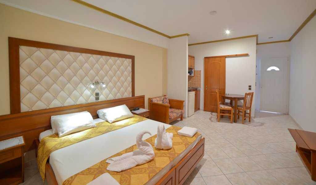 Angelina Hotel (5)
