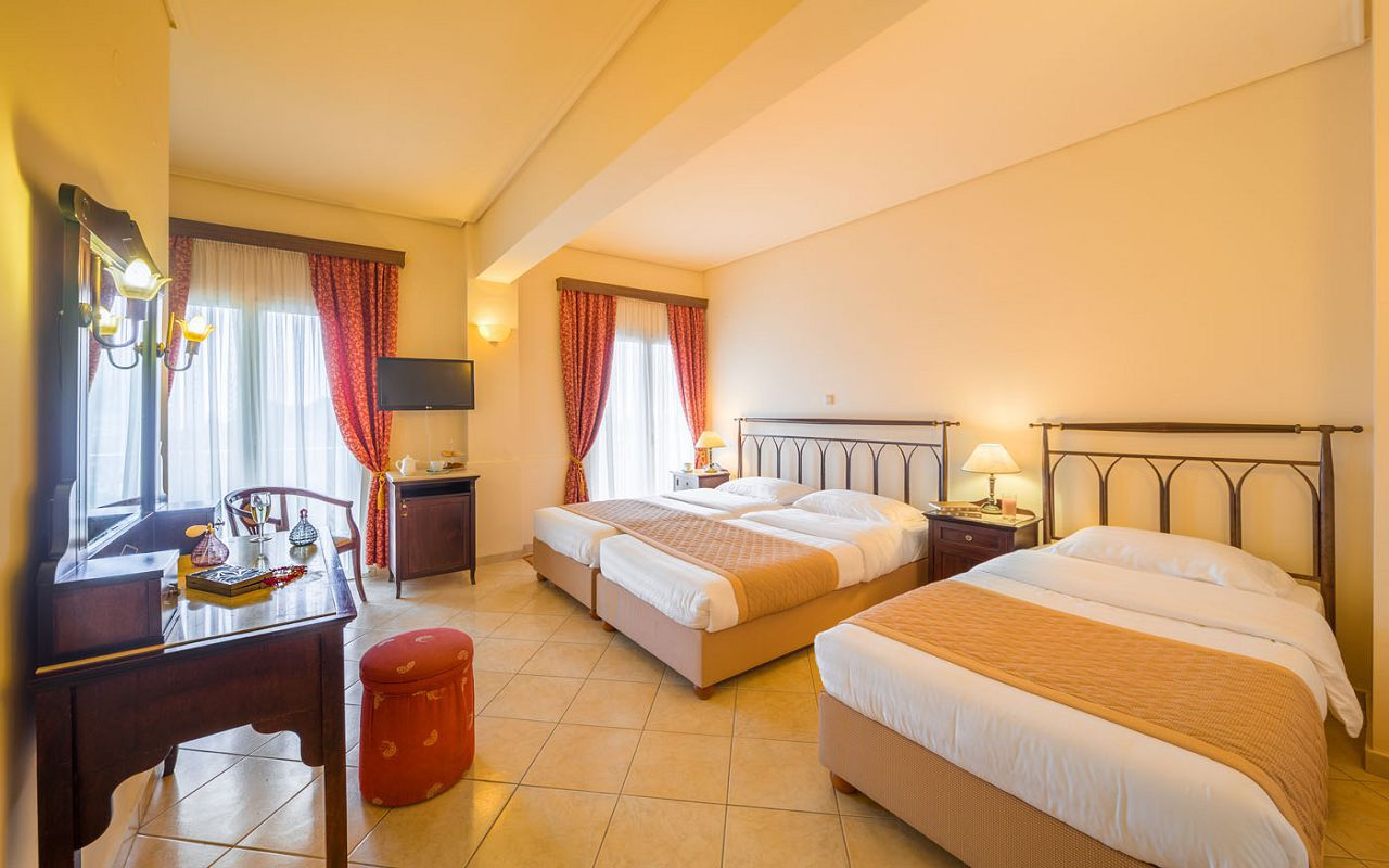 Arcadion-Hotel-Corfu-Town-Triple-Liston-View-3