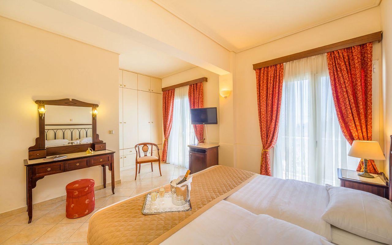 Arcadion-Hotel-Corfu-Town-Twin-Liston-View-16