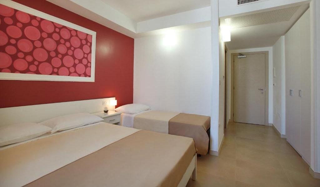 Comfort Double Room 4-min