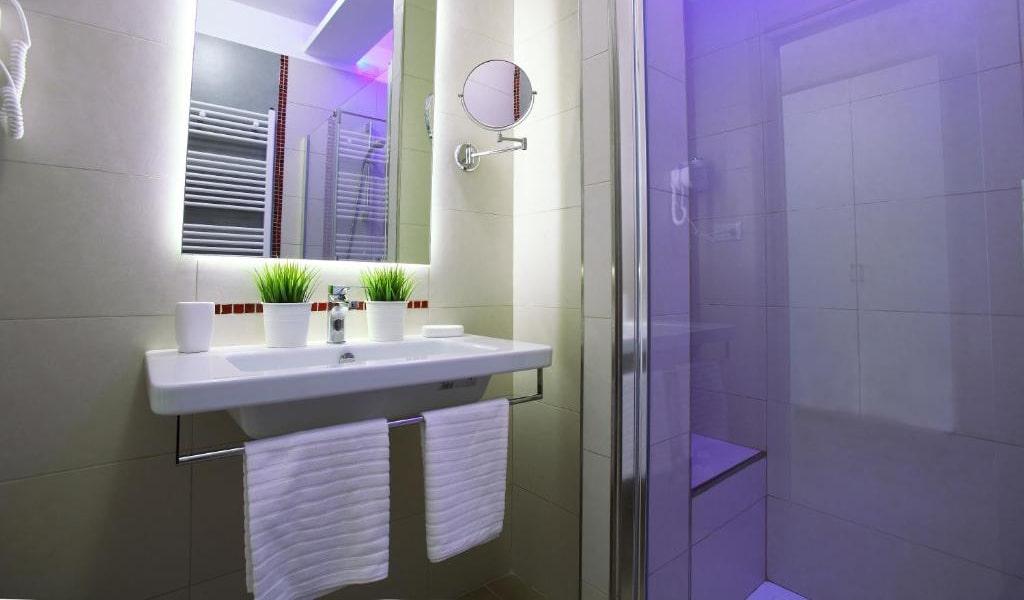 Comfort Double Room 6-min
