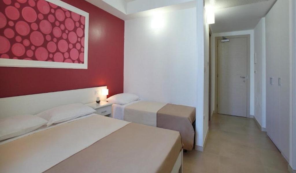 Comfort Quadruple Room 2-min
