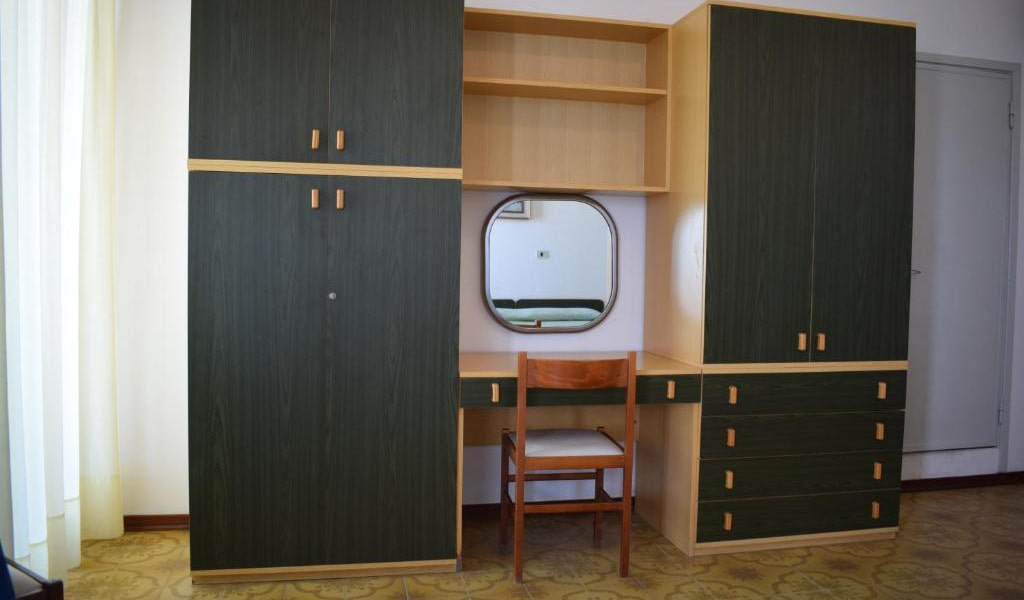 Double-or-Twin-Room-with-Garden-View-2-min