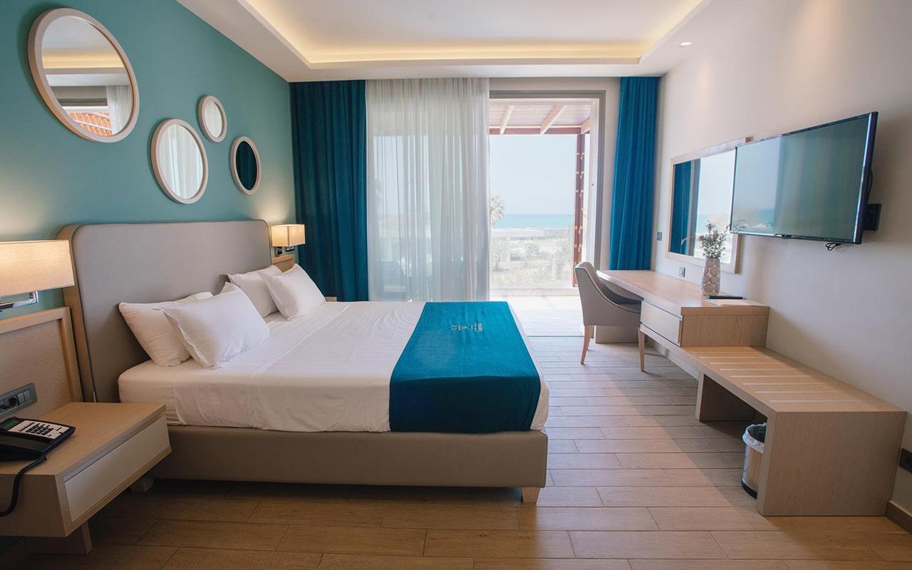 One-Bedroom-Suite,-Sea-View3-min
