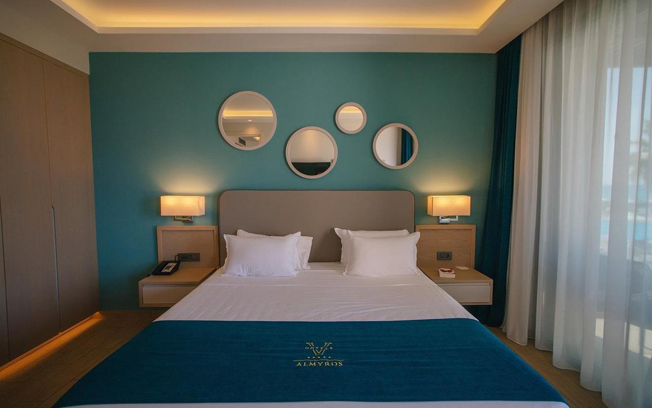 One-Bedroom-Suite,-Sea-View6-min