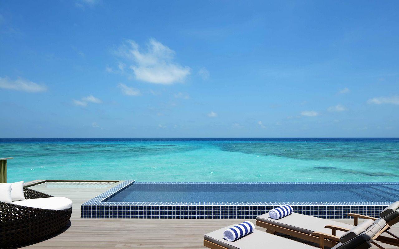 Overwater Villa - Outdoor Deck _ Pool