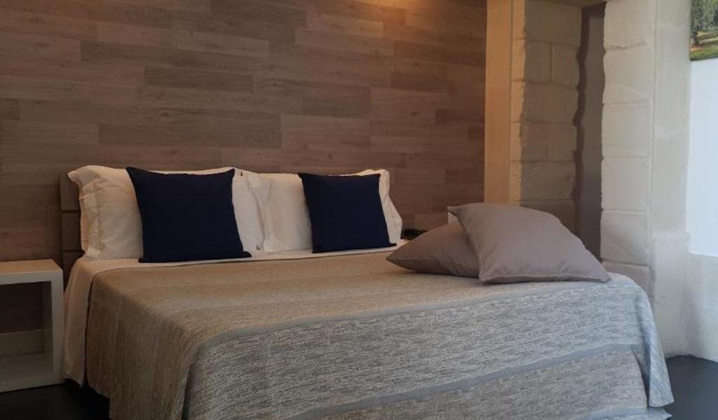 Standard Double Room 3-min