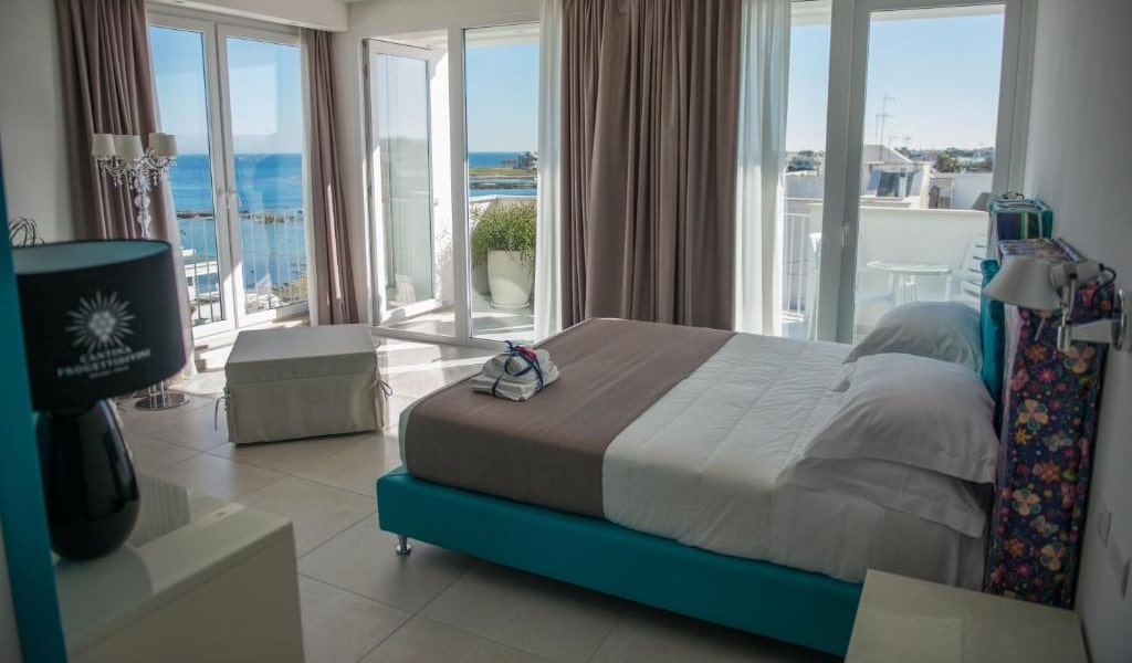 Suite with Sea View-min