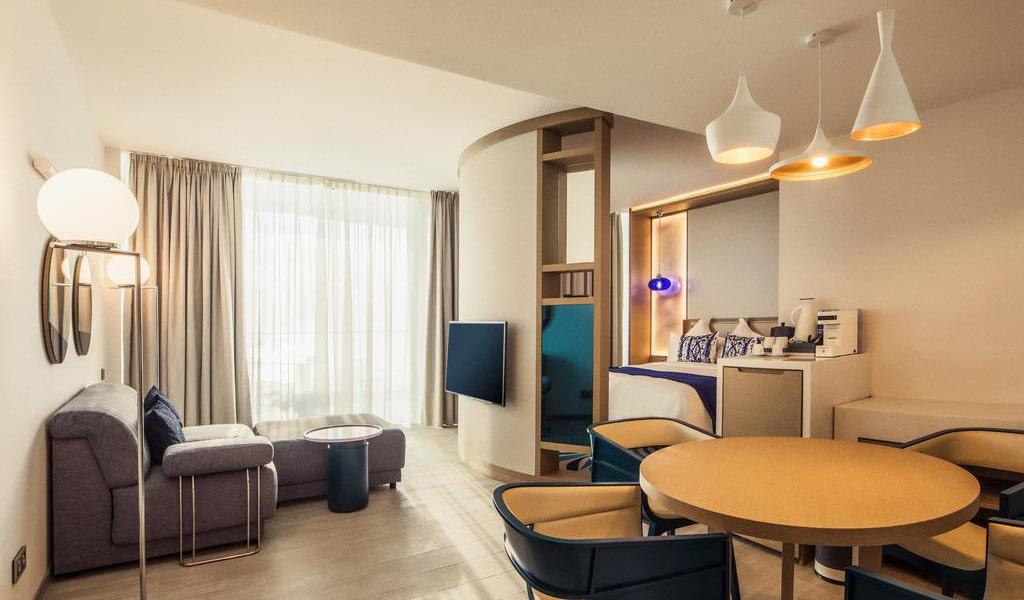 executive-room-min