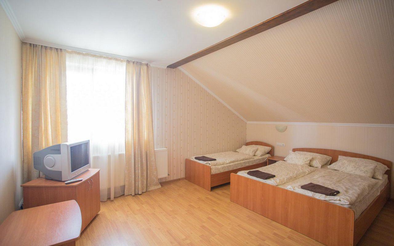 hotel-praktik-beregovo0010-1c337213ef