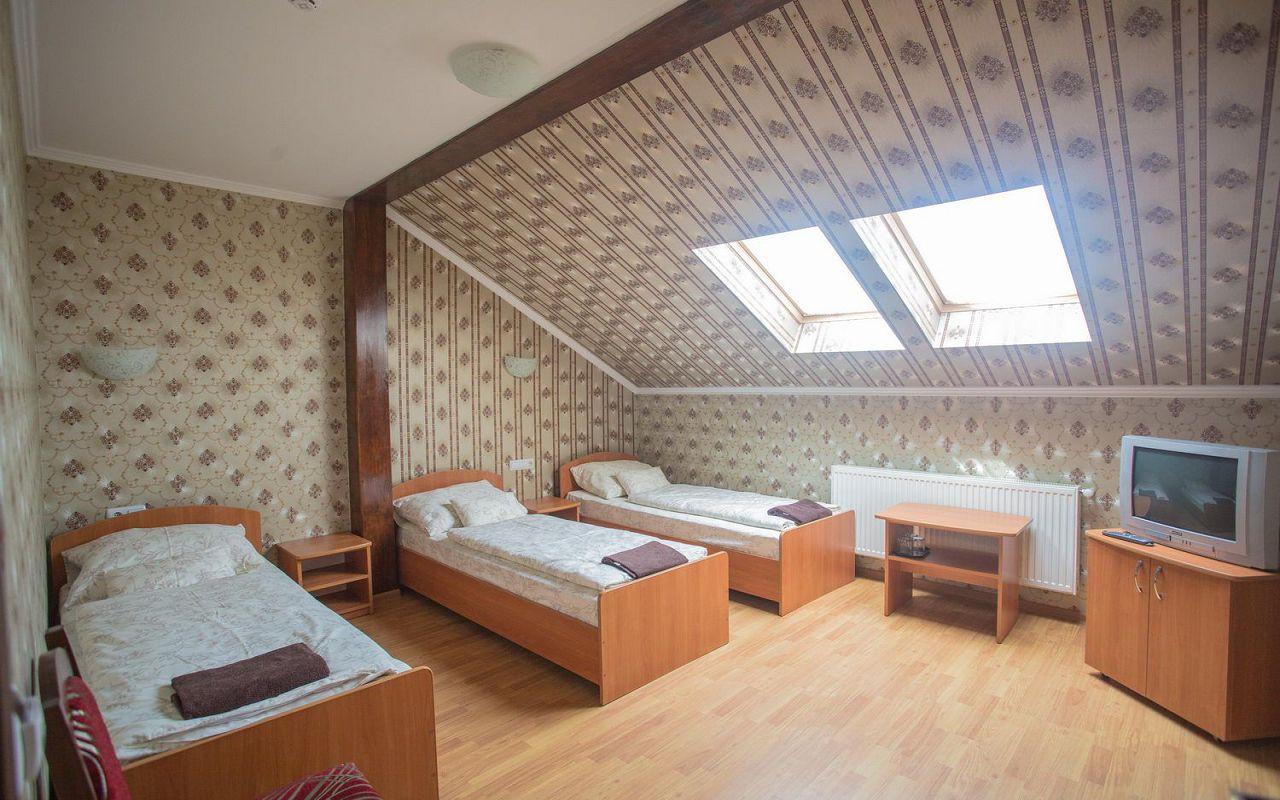 hotel-praktik-beregovo0013-22bff17af3